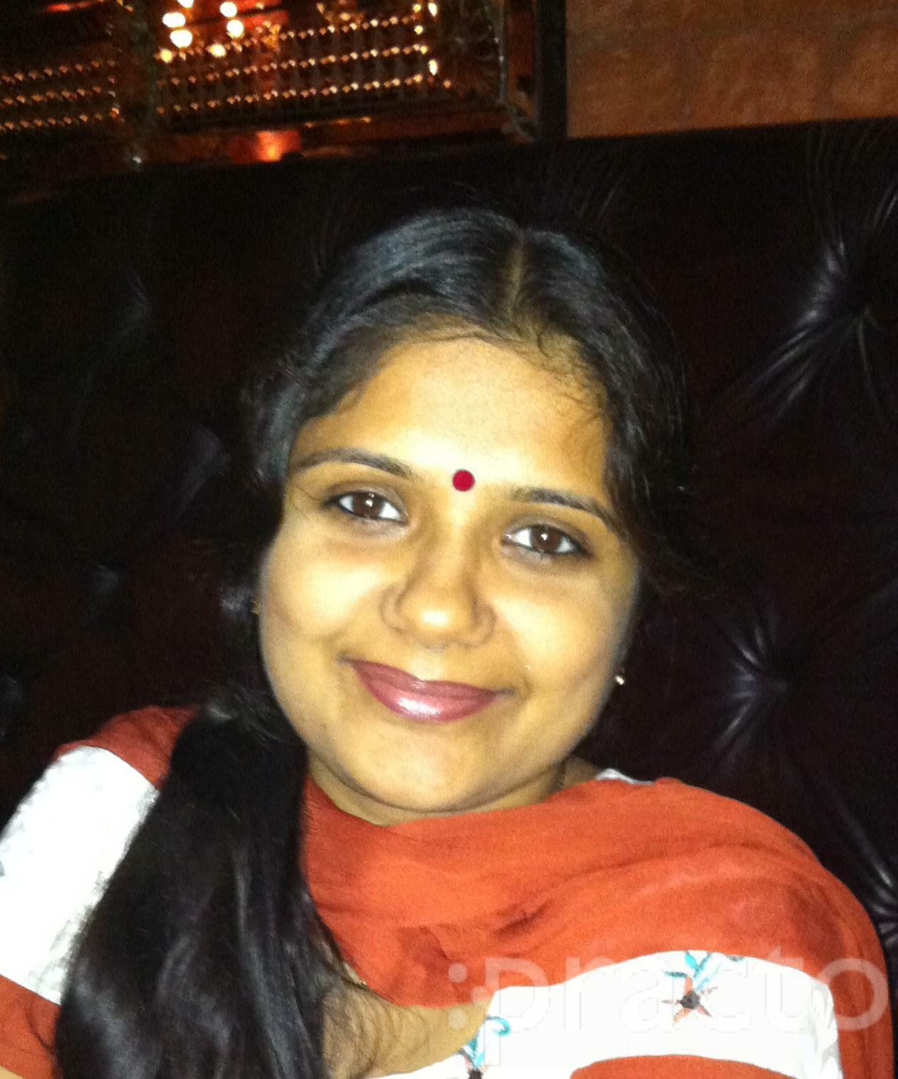 Dr. Suvidha Tandon - Dentist