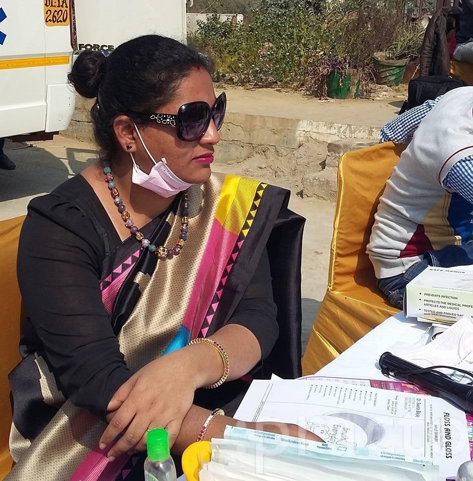 Dr. Sweta Bajaj - Dentist