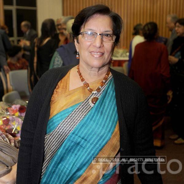 Dr. Veena Kalra - Pediatrician