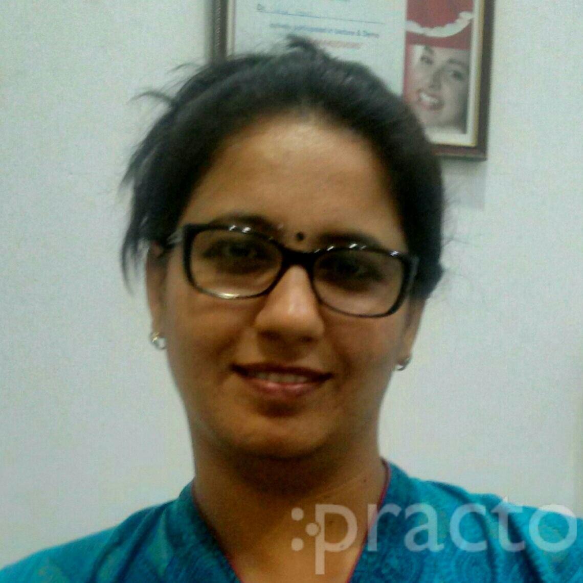 Dr. Vibha Hans - Dentist