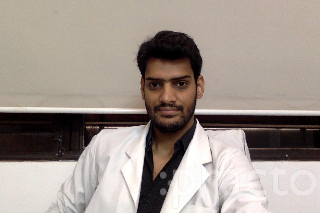 Dr. Vijay Tanwar - Dentist