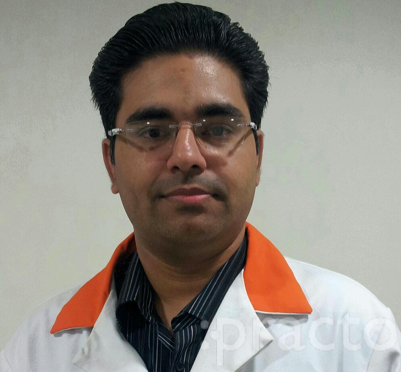 Dr. Vikas Tyagi - Ophthalmologist
