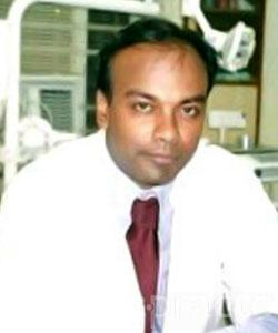 Dr. Vineet Sinha - Dentist