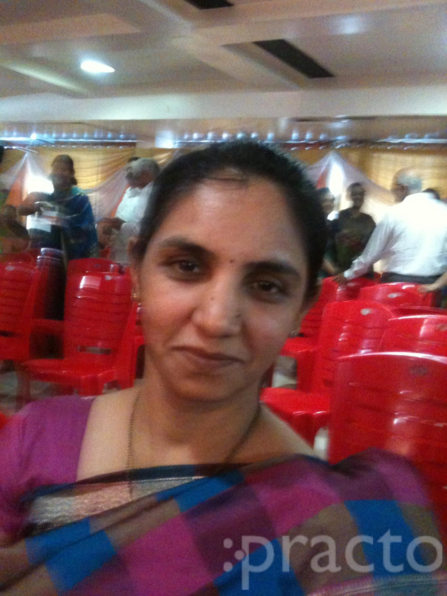 Dr. vrushali warad - Ophthalmologist