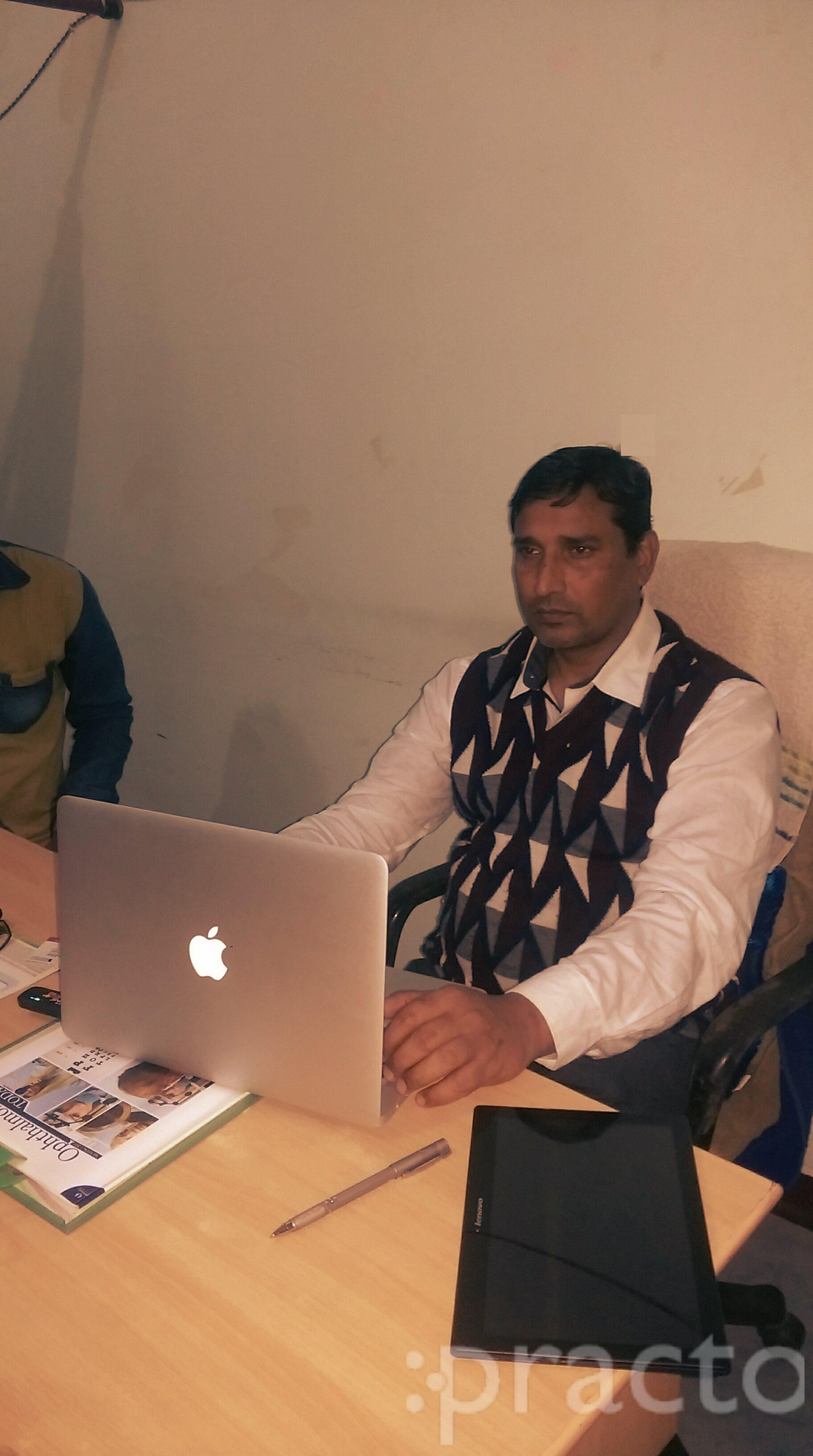 Dr. Yashwant Singh Katiyar - Ophthalmologist