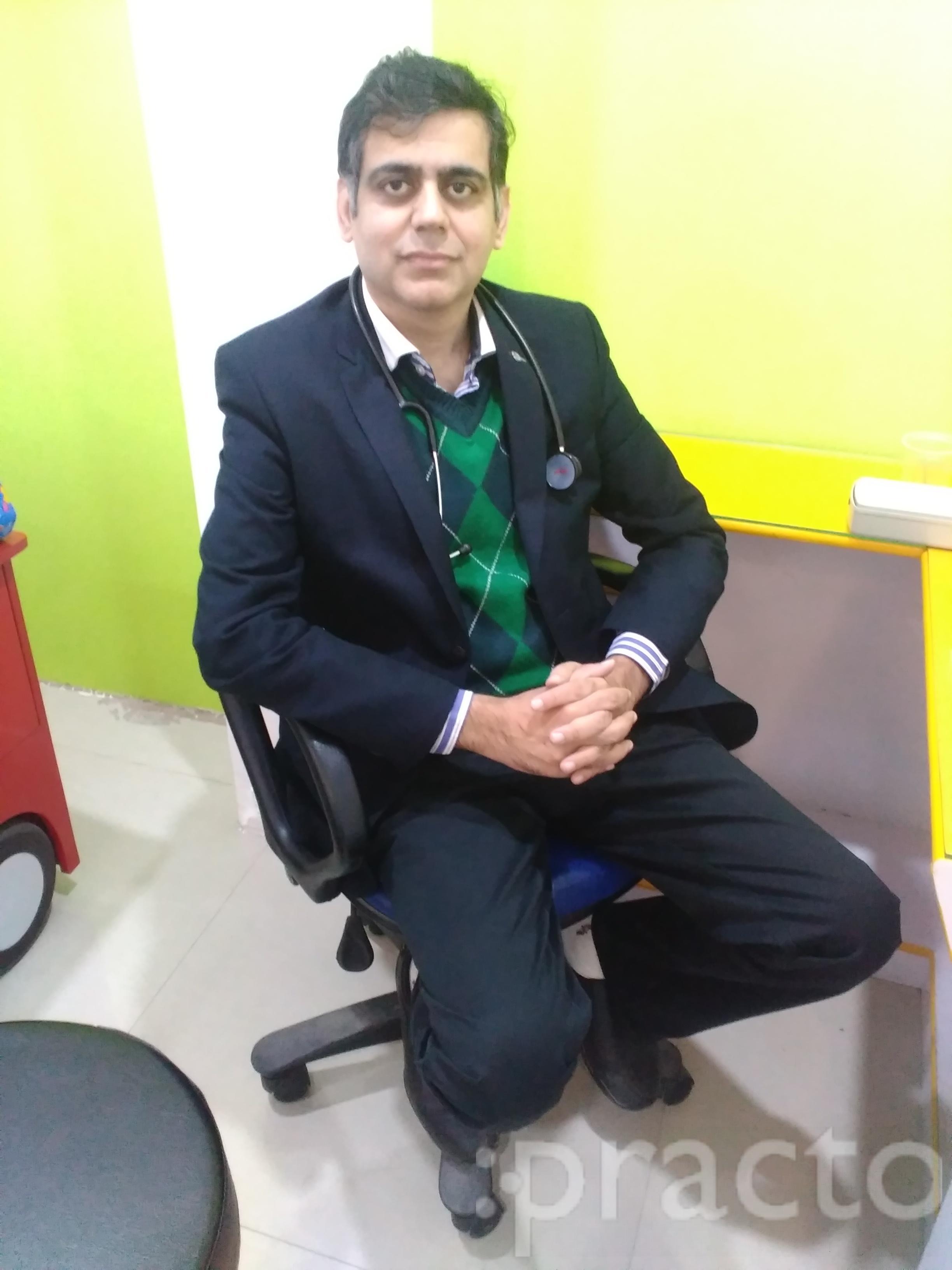 Dr. Yogesh Valecha - Internal Medicine