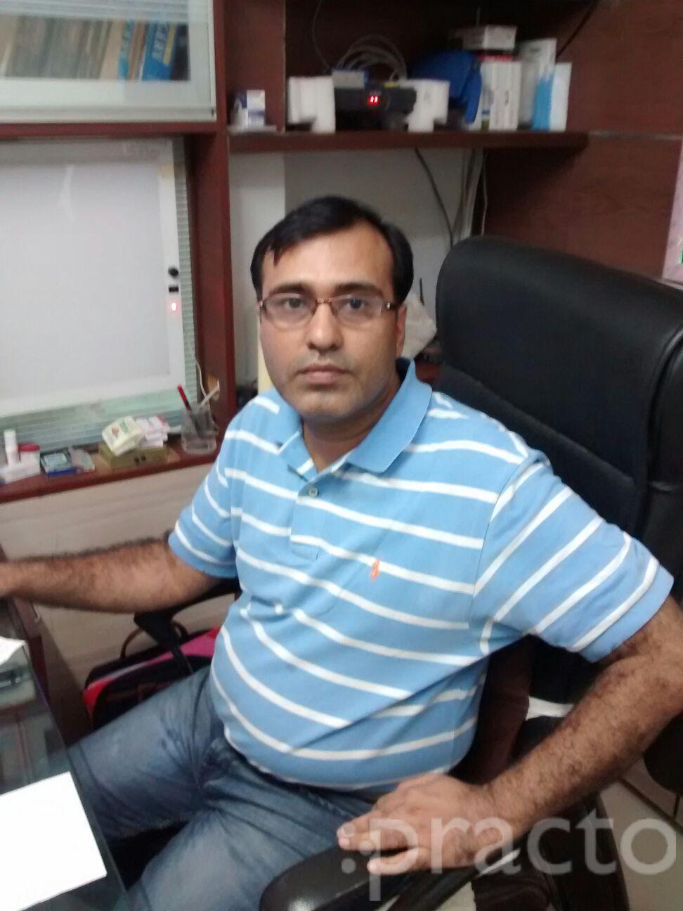 Dr. Janak Sadhwani - Laparoscopic Surgeon