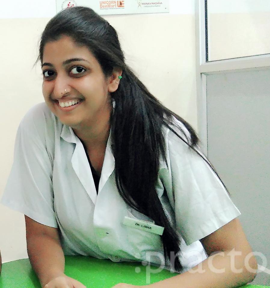 Dr. Lisha Bakshi - Dentist