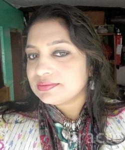 Mrs. Dolly Chakrabarti (PT) - Yoga and Naturopathy