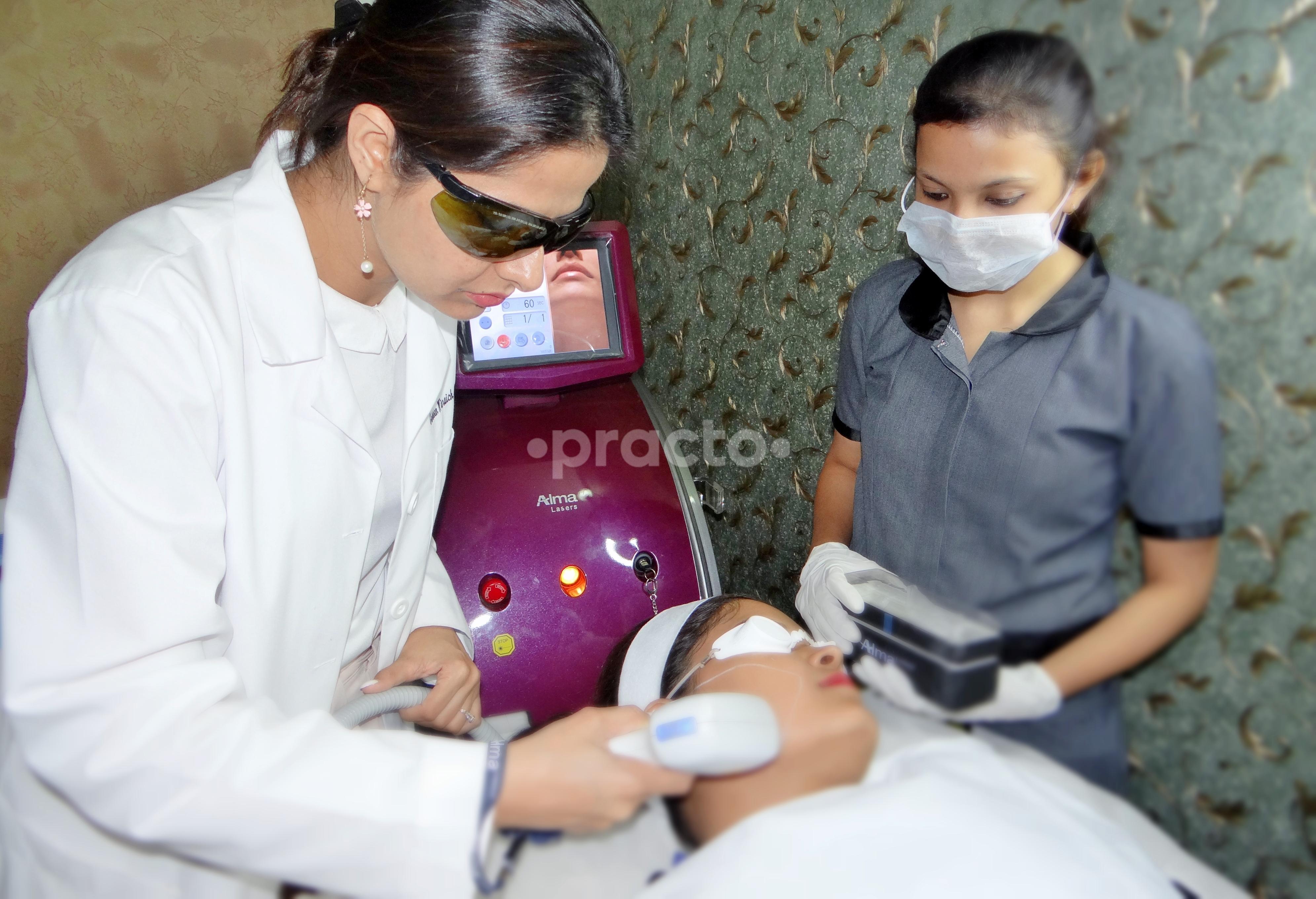 Garekars M D Dermatology & Aesthetics Clinic, Skin Clinic in DLF