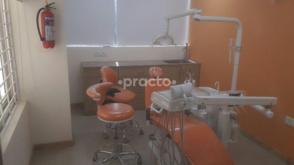 Dentists Near Me In Banaswadi, Bangalore - Instant Appointment