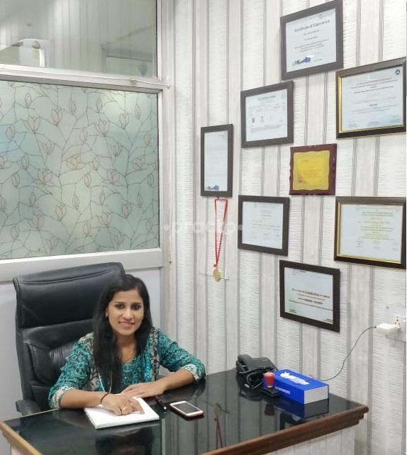 Dr  Pankila Mittal - Obstetrician - Book Appointment Online, View