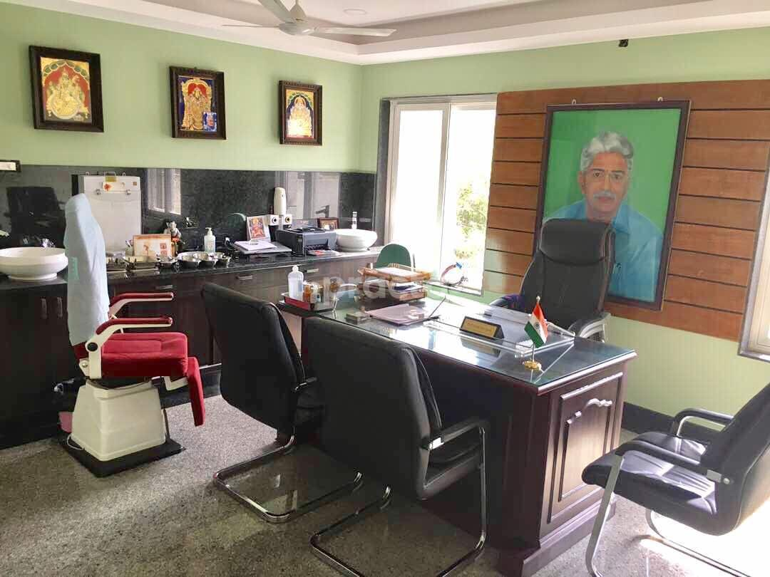 Dr  Janaki Ram Reddy - ENT/ Otorhinolaryngologist - Book