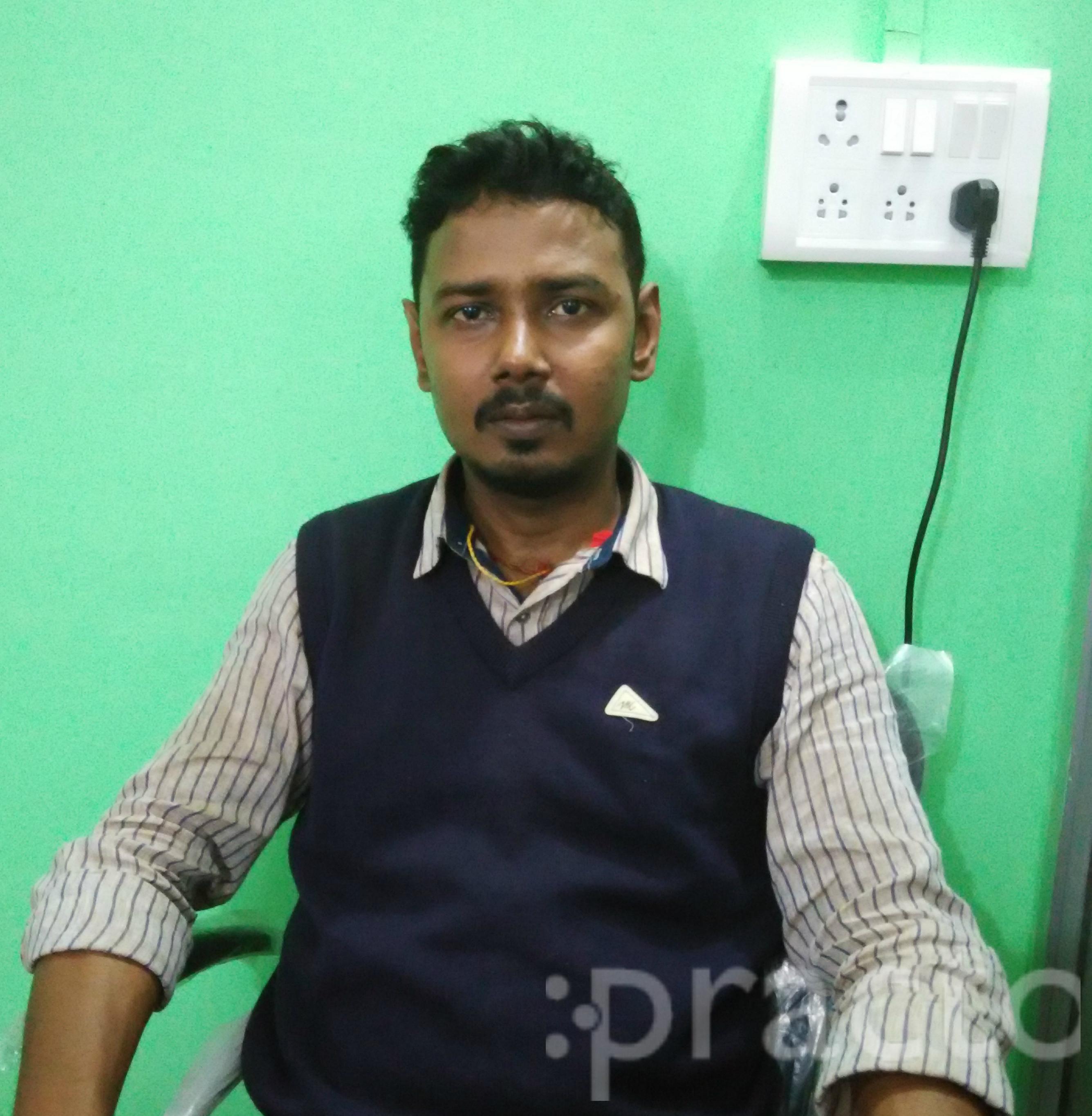 Dr. Vaibhav Kamal - Dentist