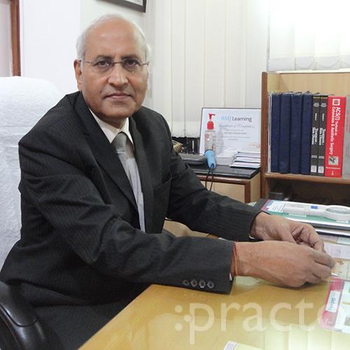 Dr. Vijay Kumar Dhir - Dermatologist